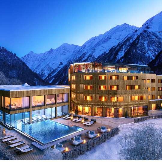 хотел в планината